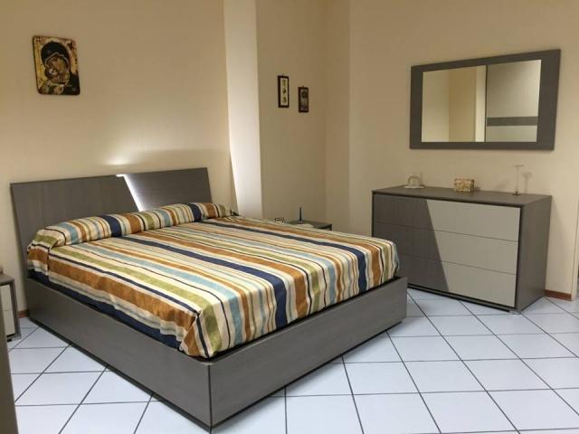 Camere Da Letto Reggio Calabria.Camere Da Letto Basile Mobili Reggio Calabria Basile Mobili A